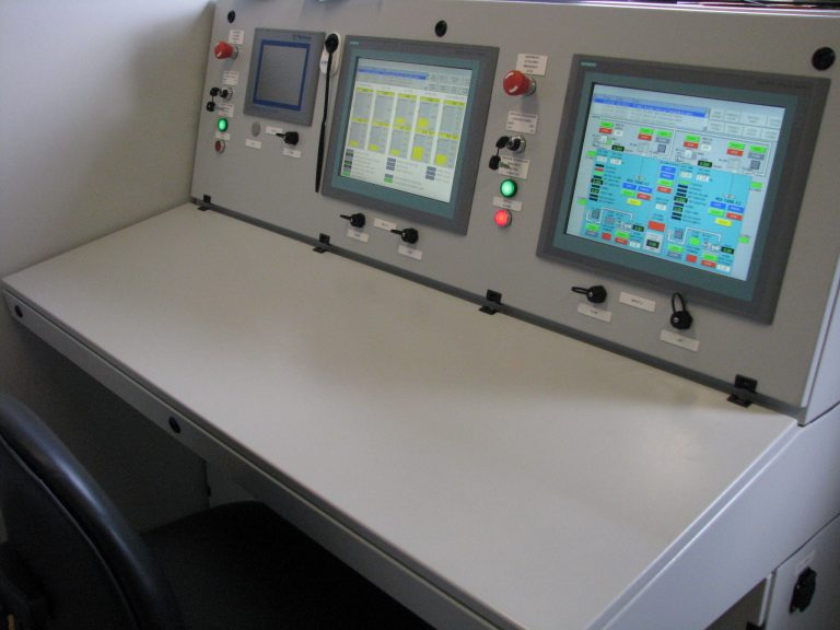 Liquid Phase Separation System / Control House (Operator Panel)