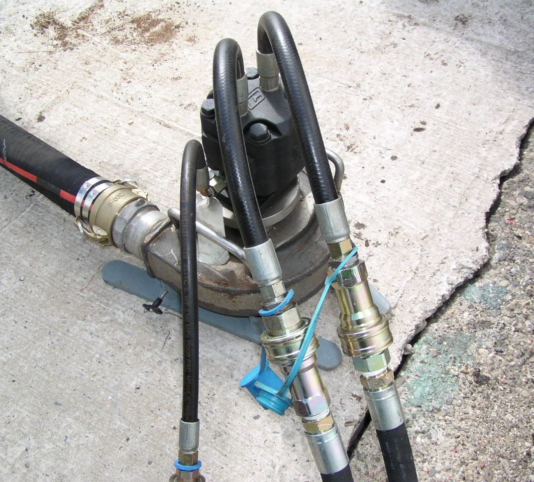 Tank Cleaning System / Hydraulic Submersible Pump (General View)